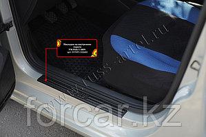 Накладки на внутренние пороги дверей Volkswagen Polo V 2009-