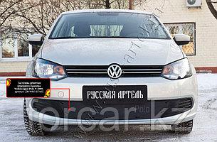 Зимняя заглушка решетки переднего бампера Volkswagen Polo V 2009-