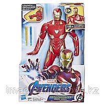 Железный Человек со звуком, стреляющий дартами 35 см Hasbro