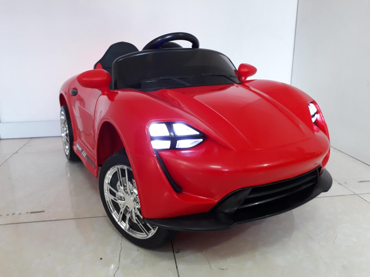 Крутой электромобиль на гелевых колесах Porsche. Порше. Электрокар