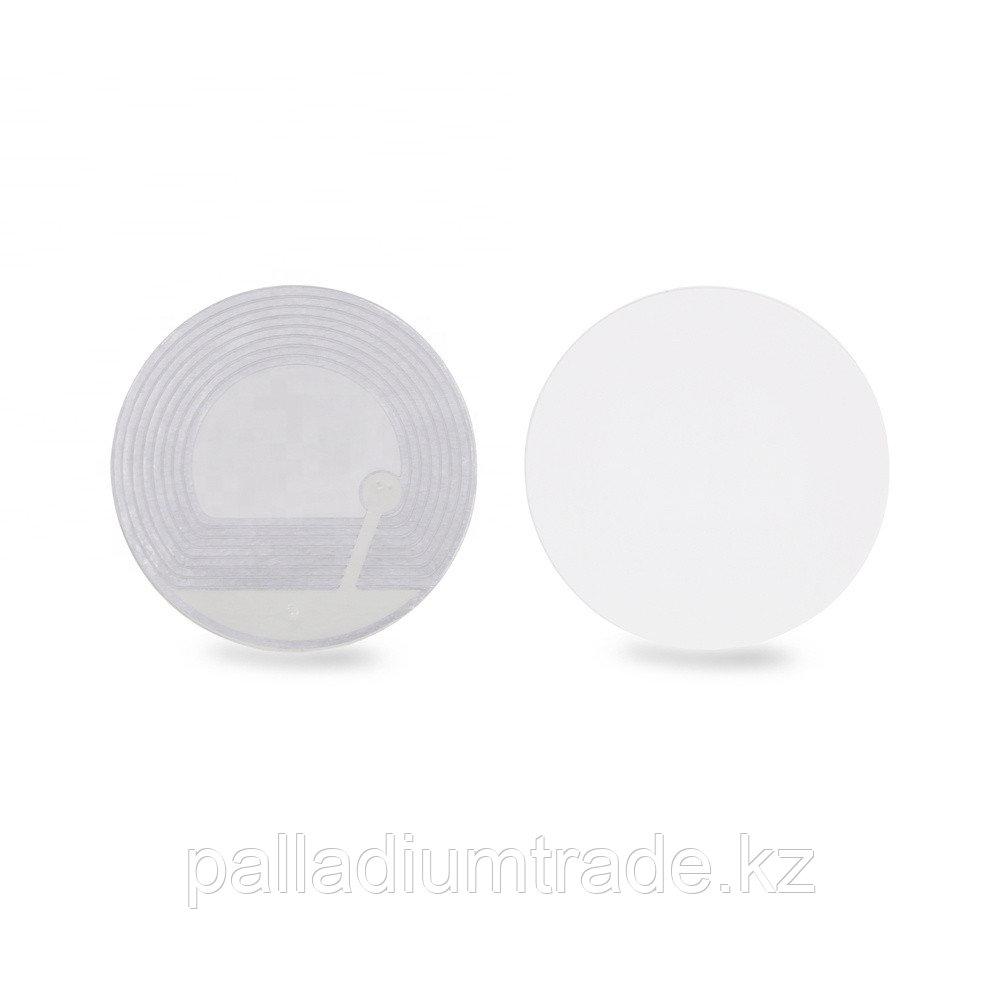 Защитная этикетка круглая, белая.