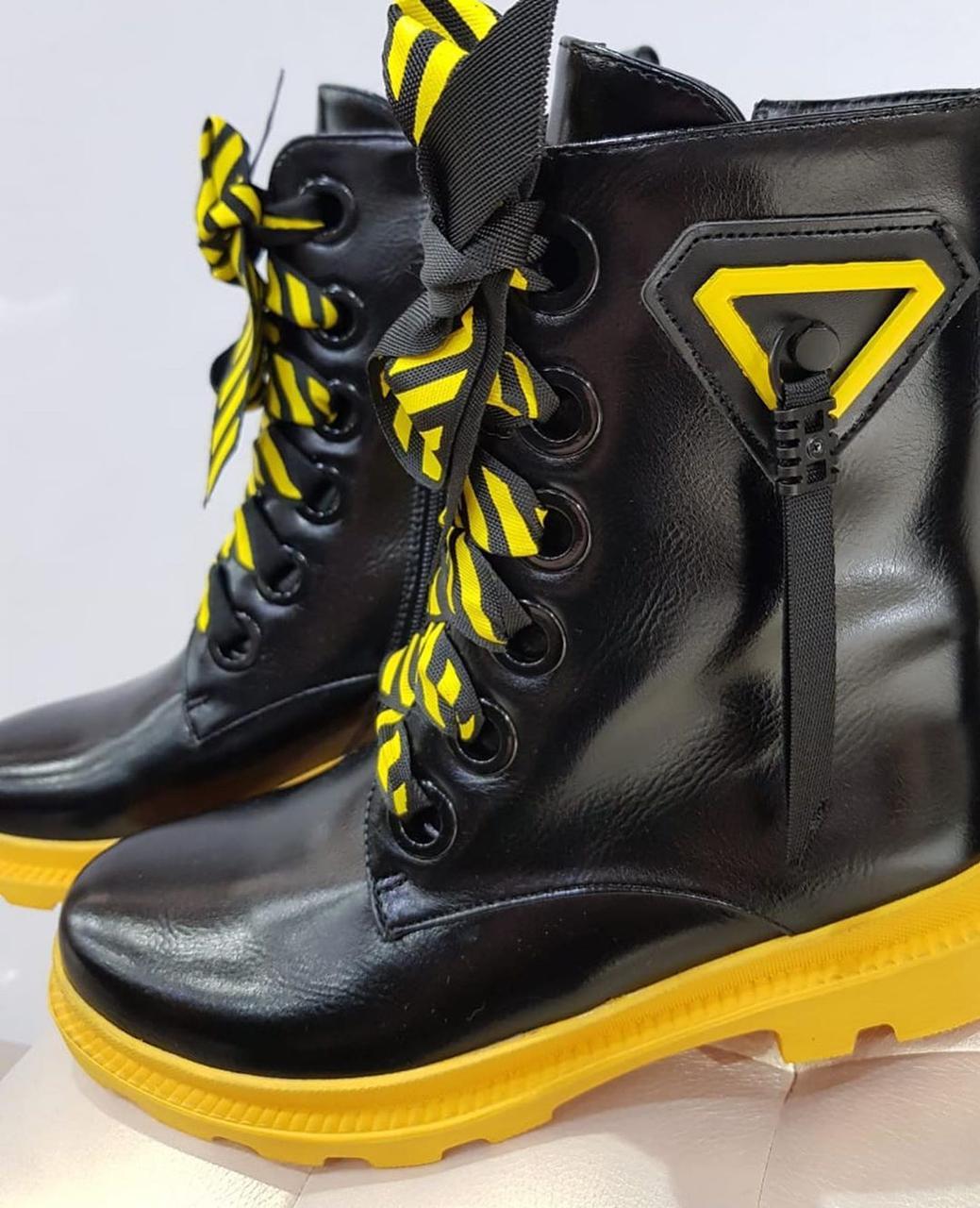 Ботинки лаковые - фото 4