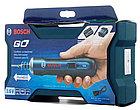 Аккумуляторная отвертка в наборе с битами Bosch GO kit, фото 4