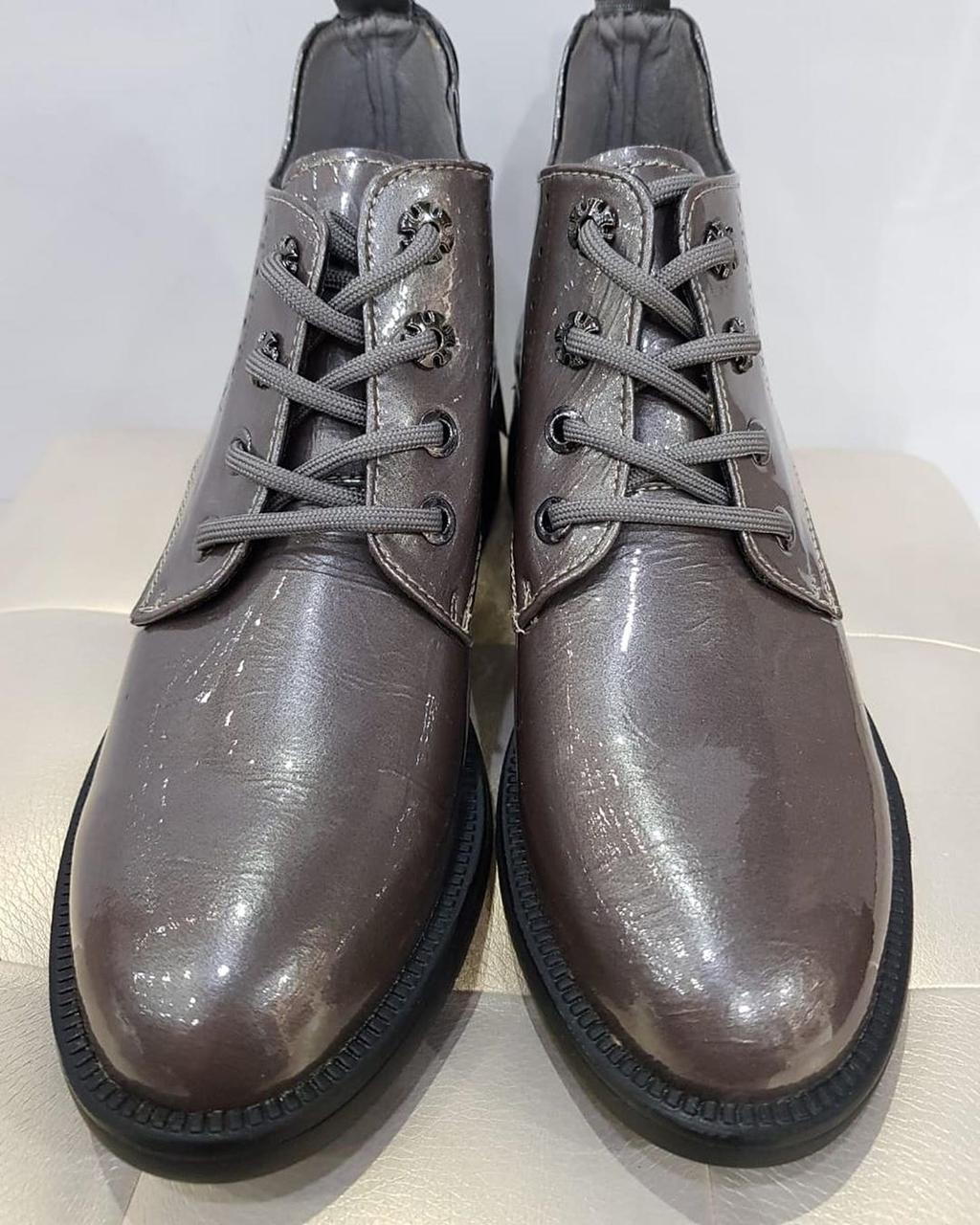 Ботинки лаковые - фото 1