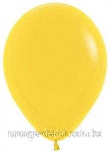 Желтый (пастель)