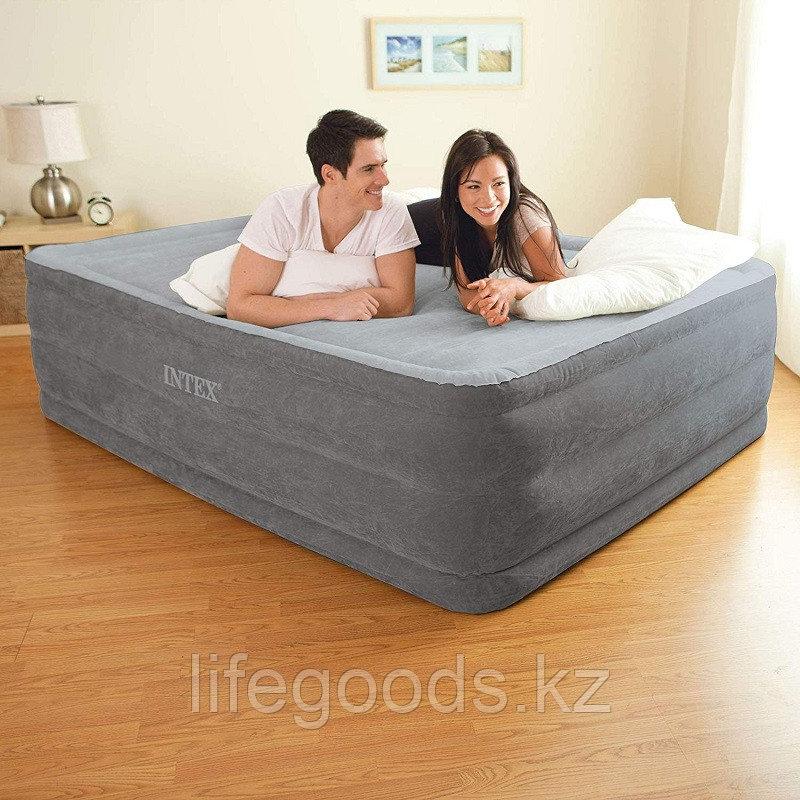 Двуспальная надувная кровать со встроенным насосом, Intex 64418