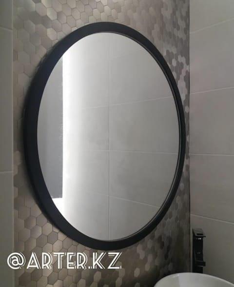 Зеркало в раме из МДФ