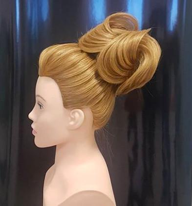 Голова-манекен с торсом русый волос натуральный (100%) - 65 см