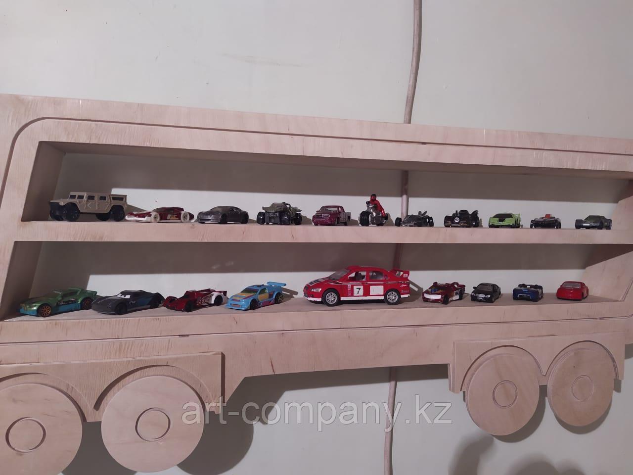 Полка машина для коллекции машинок