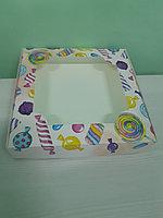 Коробка с окном 28*28*5см леденцы