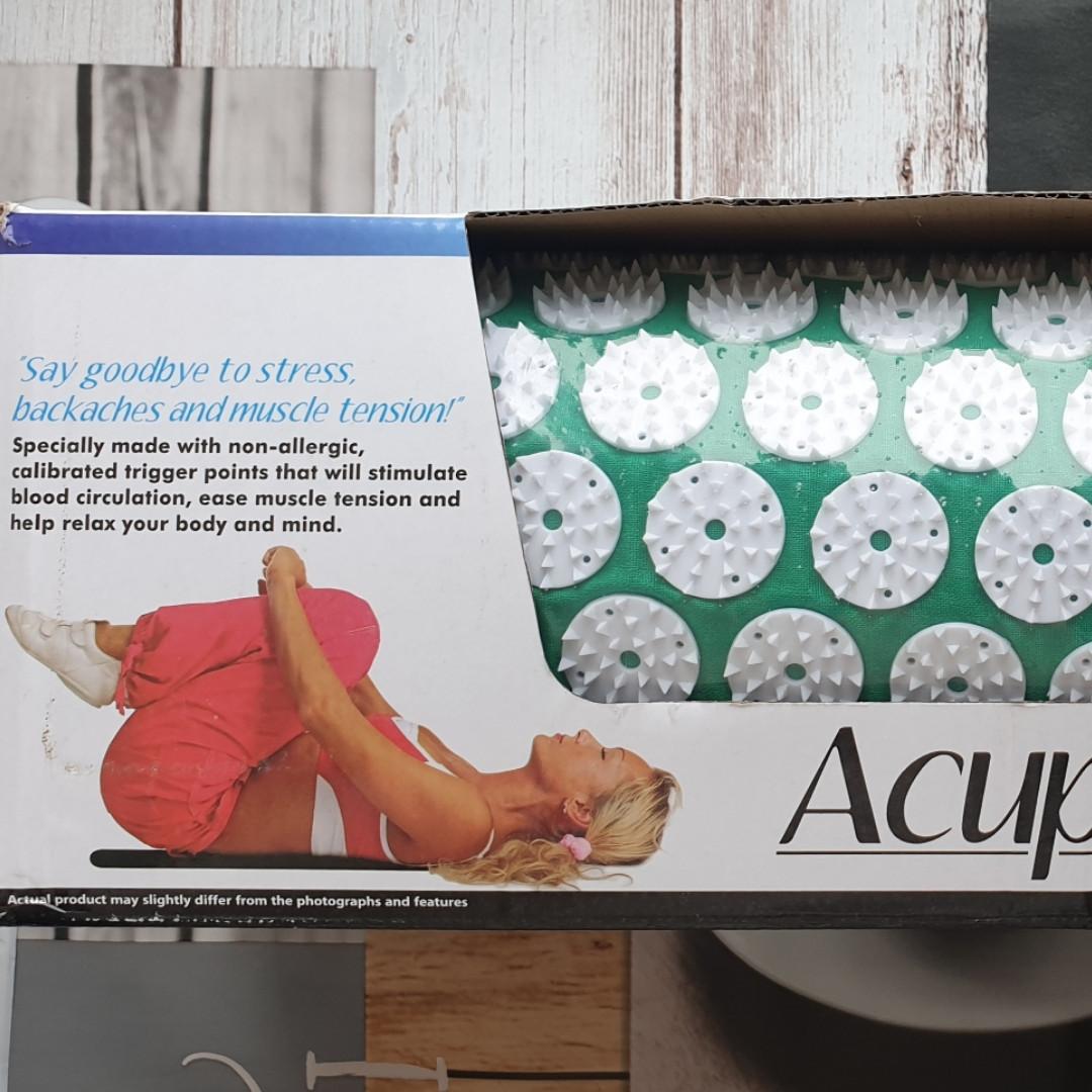 Аппликатор - коврик Acupressure Mat (60 см на 40 см зеленый)