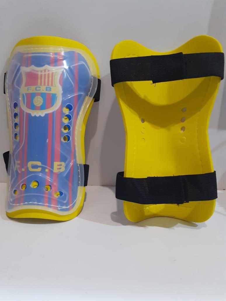 Футбольные щитки Barcelona (цвет жёлтый)