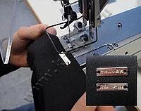 Автоматизированное решение для пришивания металлической этикетки на базе электронной закрепочной машины