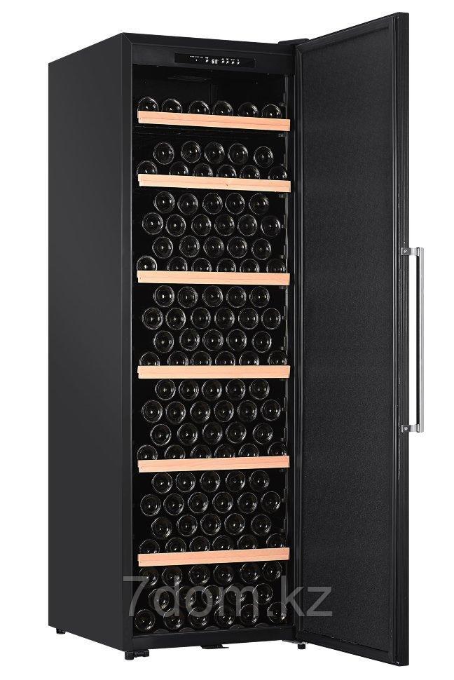 Винный шкаф LaSommeliere CTP252