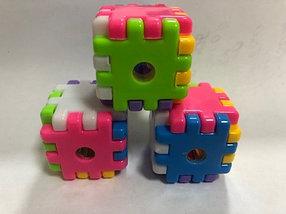 Точилка Кубик,  1 отверстие, с контейнером, пластик