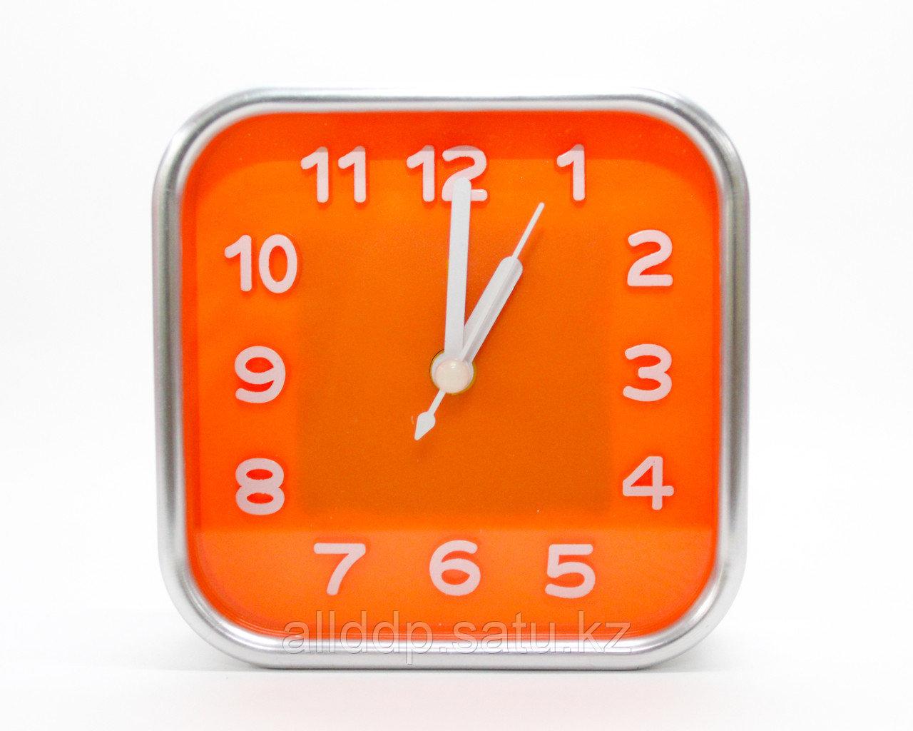 Часы-будильник квадратные, оранжевые, 10 см