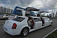 Единственный в Астане лимузин Крайслер с тремя чайко дверьми, фото 1
