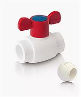 Шаровой кран из ППР с шариком из PPSU для горячей воды с ручкой бабочка Ø 25