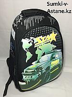 Школьный ранец для мальчиков,с 1-го по 3-й класс. Высота 37 см,длина 28 см,ширина 17 см., фото 1