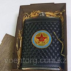 Фляжка общевойсковая в деревянной коробке
