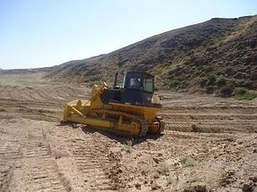 Строительство дамбы для создания искусственного озера 6