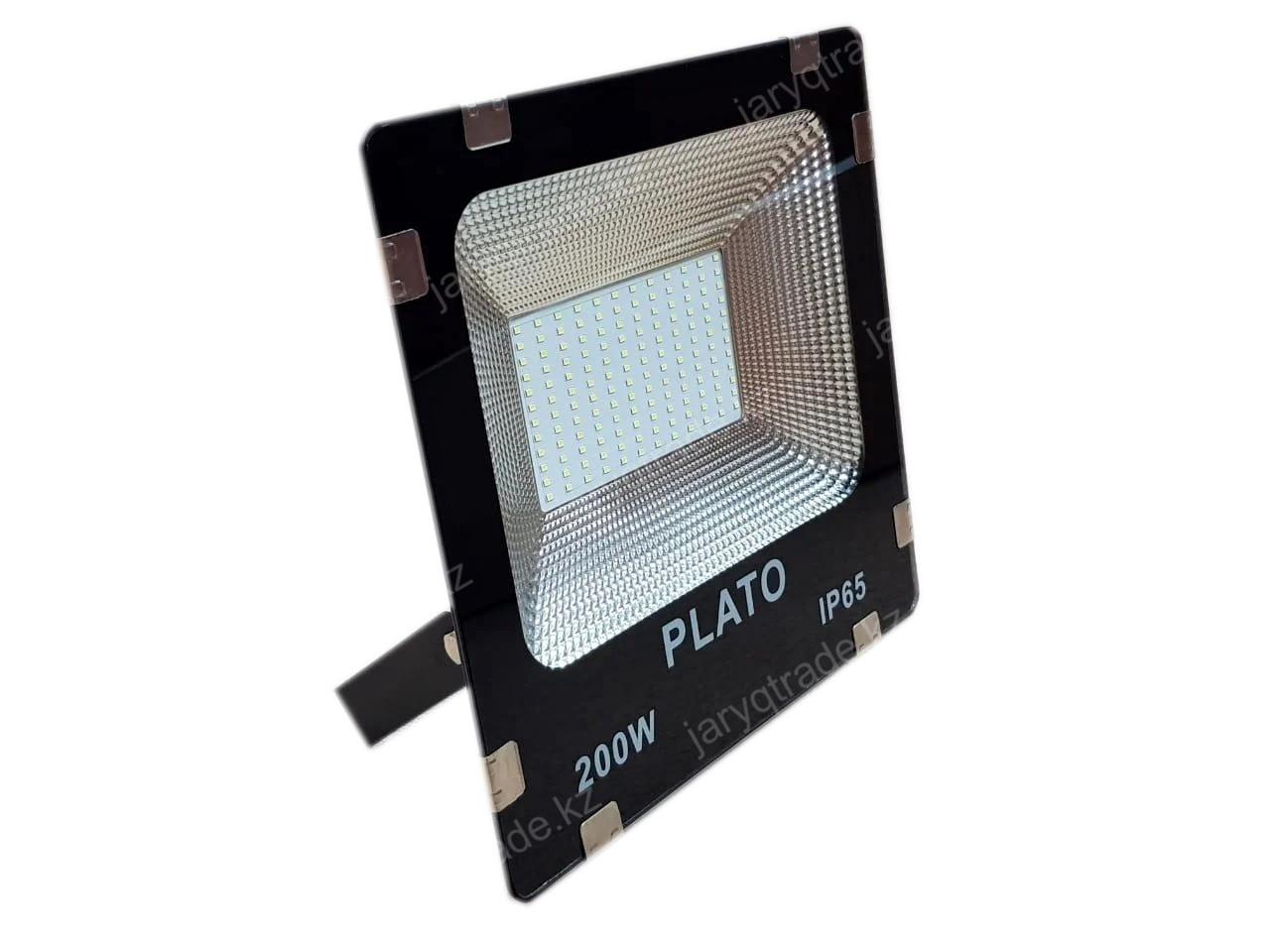 Светодиодный прожектор PLATO 200 W