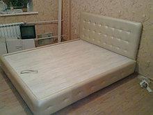 Кровать мягкая