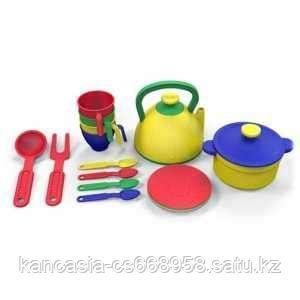 Казик Набор посуды с чайником и кострюлей  из 16 предметов, цвет ассорти.