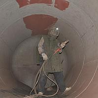 Пескоструйная обработка поверхностей резервуара (пескоструйка)