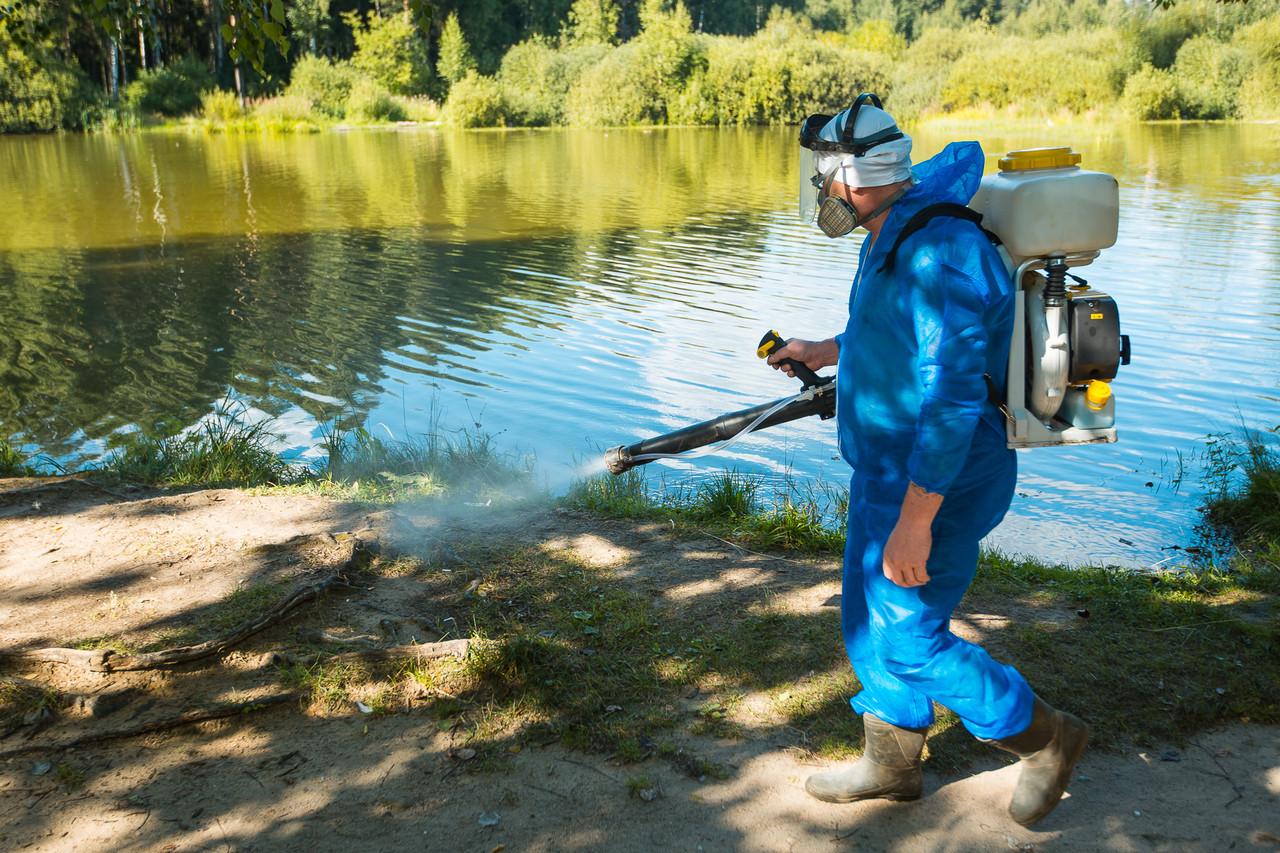 Обработка водоемов от комаров