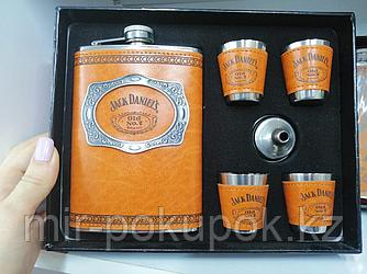 Подарочный набор для мужчины 6 в 1 {фляжка + 4 рюмки + воронка} ( Фляга 270мл + стопки 30 мл) Jack Daniels