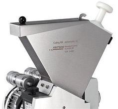 Воронка загрузочная из н/ж стали (2 л) с пластмассовым толкателем, Fritsch