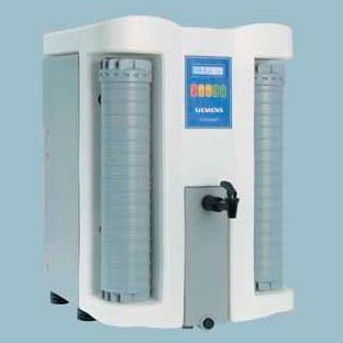 Система обратного осмоса Evoqua (SG Wasser) Ultra Clear Compact RO DI 15 л/ч, с накопительным баком 30 л