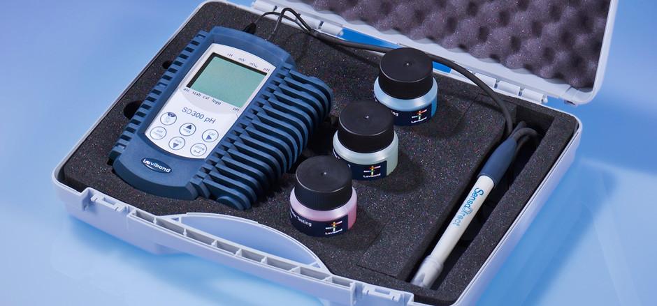 Универсальные многопараметровые приборы SD 300 pH, SD 320 Con Tintometer