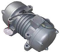 Вибратор универсальный, 2,2 кВт