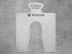 Калиброванная пластина INTERSHIM Type A, толщина (мм/дюймы) 0.50 / 0.020, размеры 50х50 мм, ширина паза 16 мм