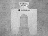 Калиброванная пластина INTERSHIM Type A, толщина (мм/дюймы) 0.50 / 0.020, размеры 50х50 мм, ширина паза 16 мм, фото 1