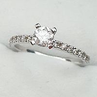 Золотое кольцо с бриллиантом 0,45Сt VS2/H