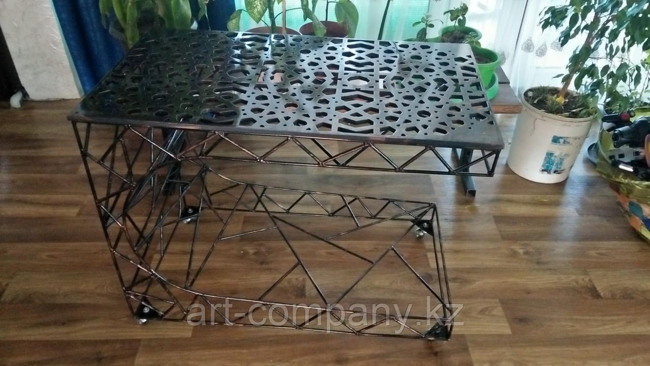 Оригинальный столик