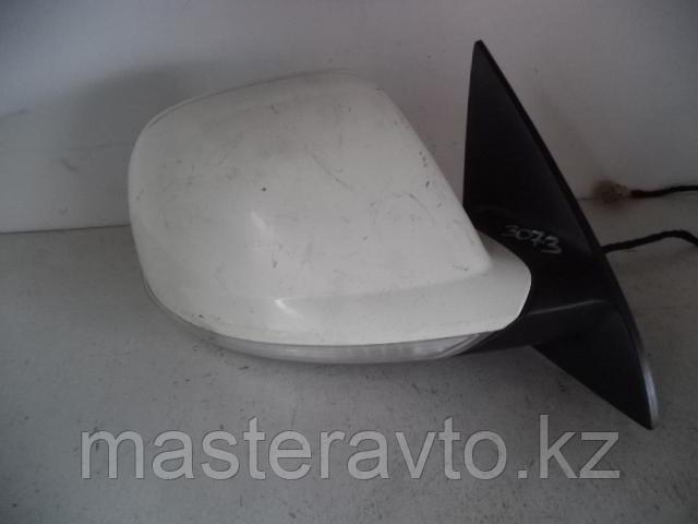 Зеркала заднего вида правое VW Touareg 2007-2009