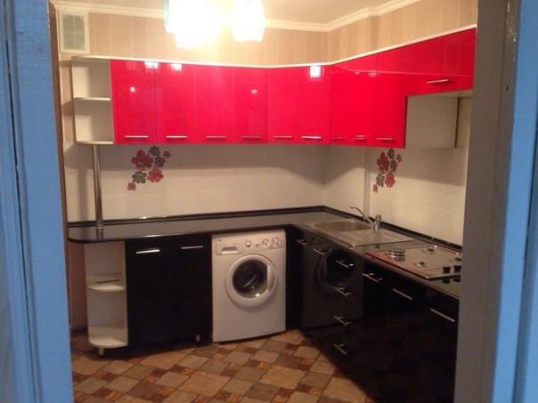 Кухонный гарнитур из акрила качественно!