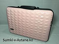 Пластиковая сумка под ноутбук, диагональ 16,2 д.Высота 28 см, ширина 40 см, глубина 6 см.