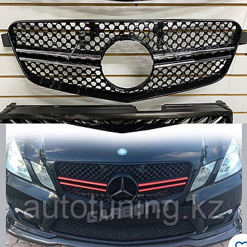 Решетка радиатора E63 AMG Mercedes Benz W212 2009-2013 (дорестайлинг)