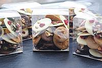 Изготовление подарочных наборов с шоколадом внутри