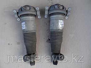 Амортизатор пневмостойка задняя на  Porsche Cayenne 2003-2009