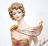 Фарфоровая статуэтка Богиня Фортуна. Ручная работа, Италия, фото 2
