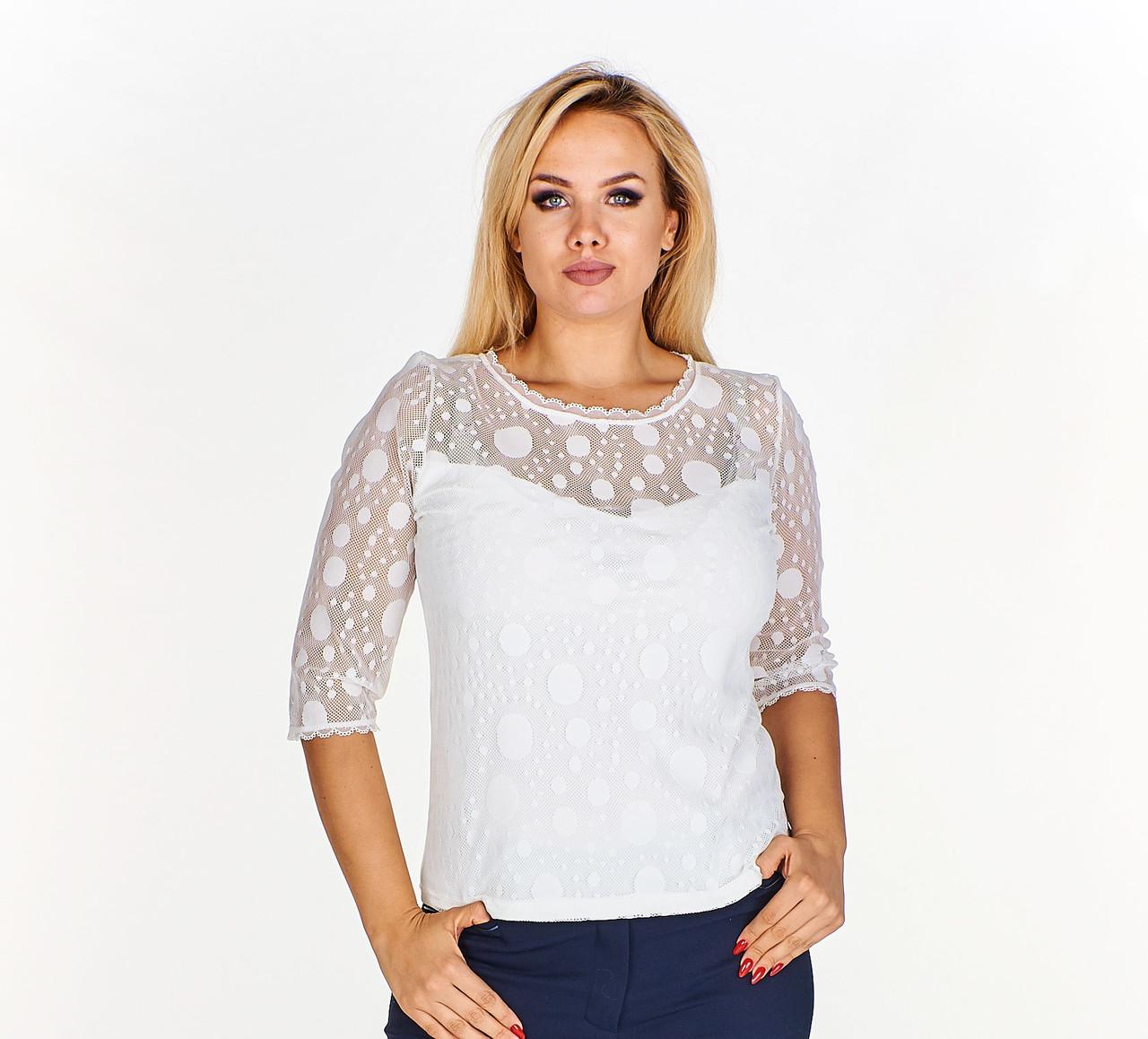 Блузка с кружевной вставкой в горошек
