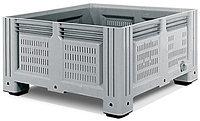 Пластиковые контейнеры 1130*1130*580 перфорированный, на ножках