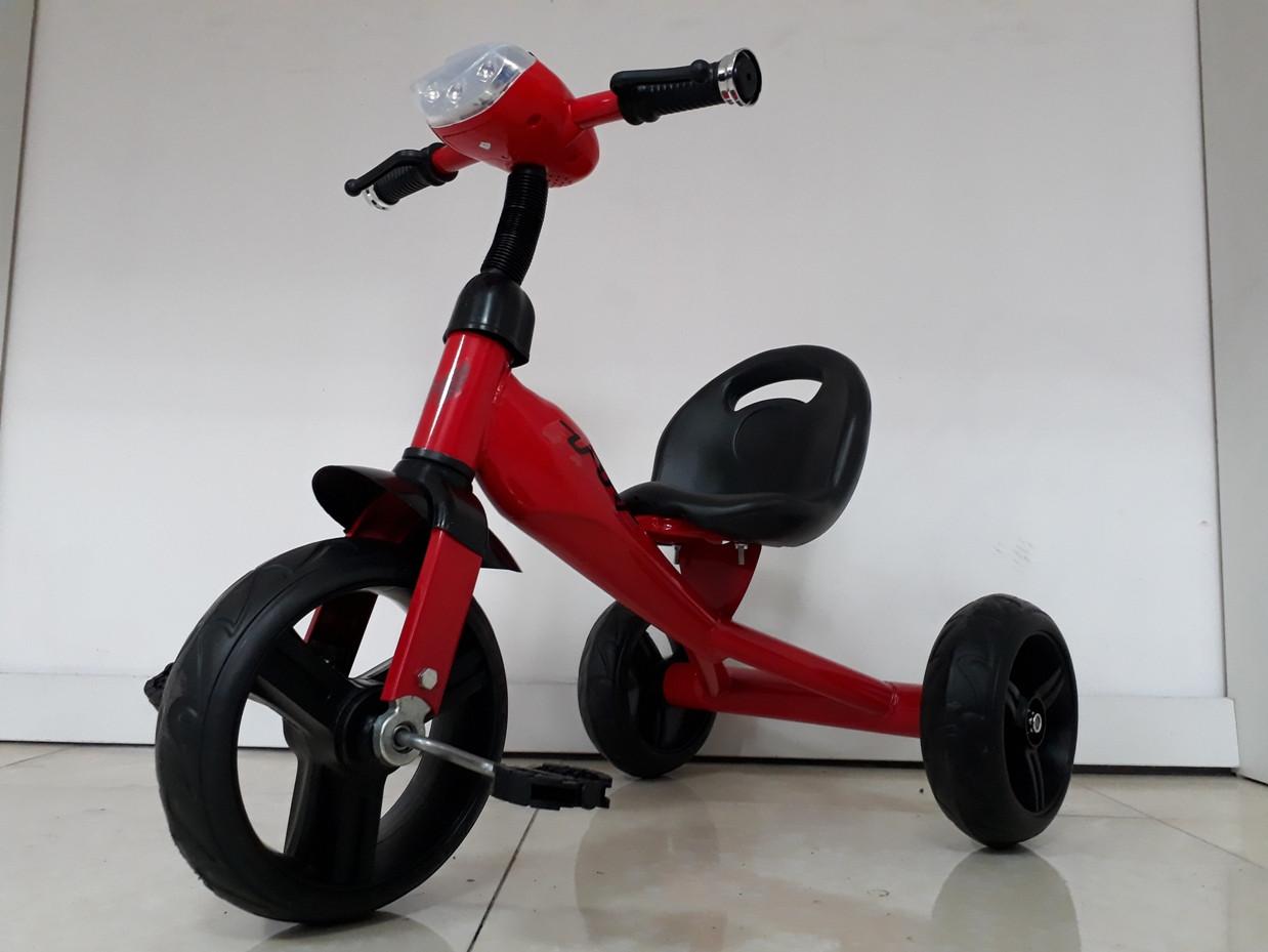 Велосипед Future  трехколесный для детей с передней фарой и мелодиями