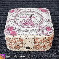 Шкатулка с зеркалом, с декором. Материал: Разные материалы. Цвет: Белый/Розовый.